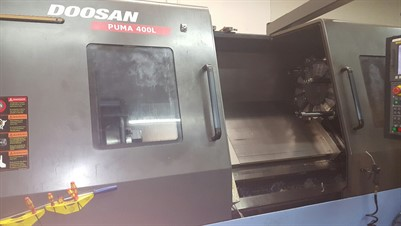 DOOSAN PUMA 400LC CNC  UNIVERSAL TURNING CENTER WITH STEADY REST