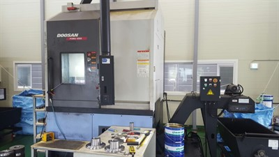DOOSAN PUMA V 550 CNC VERTICAL TURNING CENTER