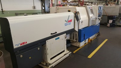 DAEWOO LYNX 200LC CNC UNIVERSAL TURNING CENTER W/ BARFEED