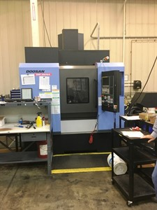 DOOSAN DNM 200/5AX CNC 5 AXIS MACHINING CENTER