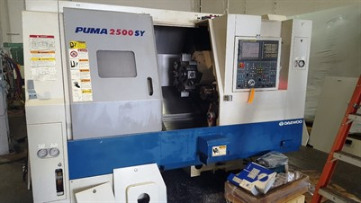DAEWOO PUMA 2500SY CNC UNIVERSAL LATHE WITH MILLING, SUB SPINDLE & Y AXIS, WITH BAR FEED