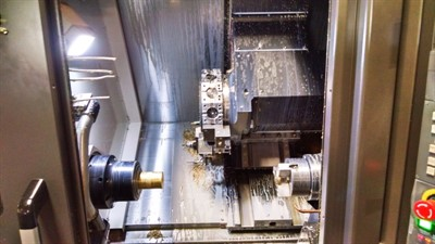 DOOSAN LYNX 220LSYC CNC UNIVERSAL TURNING CENTER